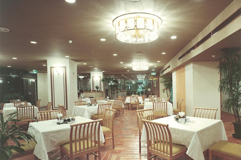 旧広島東急イン開業時レストラン